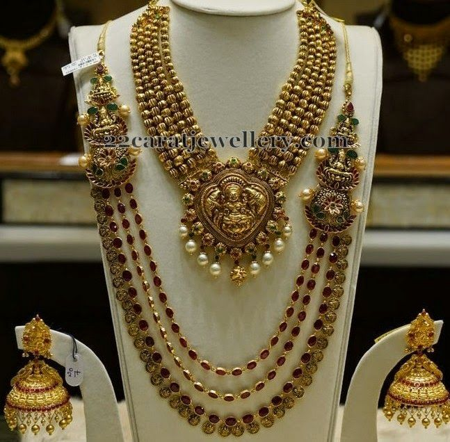 Jewellery Designs: Dull Finish Traditional Gold Sets