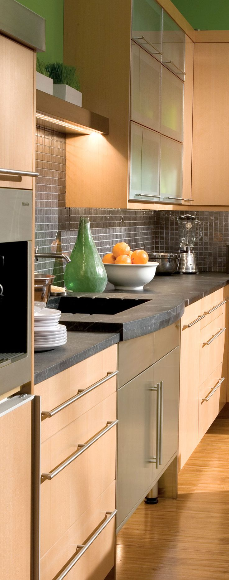 Al al alno kitchen cabinets chicago - Bright Contemporary Kitchen Design Dura Supreme Cabinetry