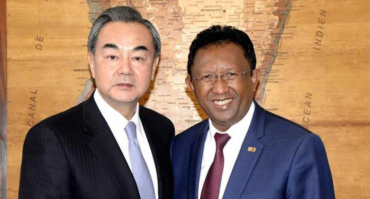 Chinese FM meets Madagascar President to deepen relations on Belt and Road initiative