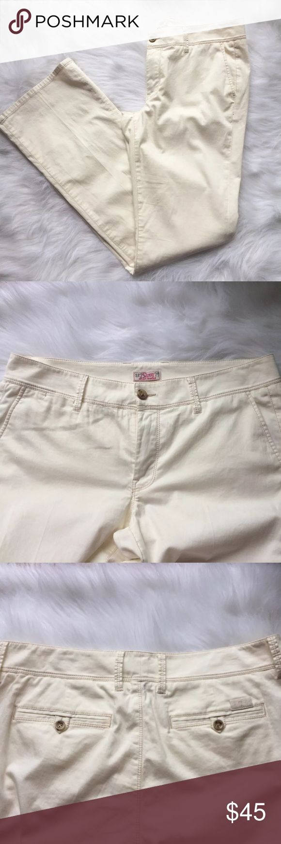 """Vintage 7 Seven For All Mankind Cream Pants 31 Excellent condition. Off white cream color. No snags or stains. Bottoms clean. 98% cotton.  34"""" inseam 7 For All Mankind Pants Boot Cut & Flare"""