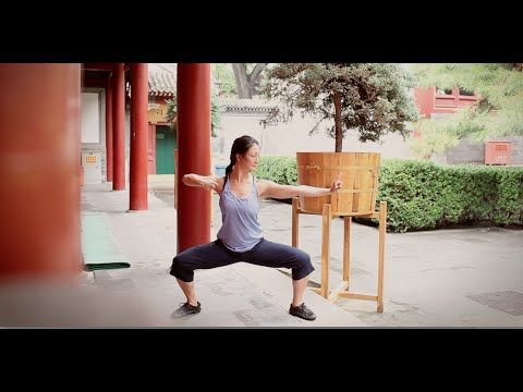 "QIGONG Shaolin "" BaDuanJin "" ( 8 pieces of Brocade ) performed by Fanny Ng with a New Age Music ! - YouTube"