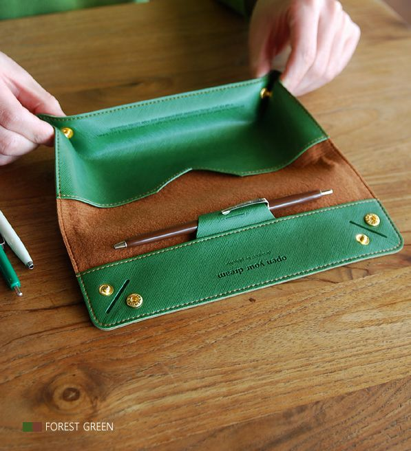 The *Tray Pencil Case* is a well made and beautiful pencil case. The Tray Pencil Case is made with beautiful and vibrantly colored synthetic leather, and felt. It is uniquely designed to have 2 different usage within 1 pencil case. You can store a...