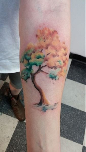 Watercolor tree tattoo. Oh I love this. Maybe different colors though