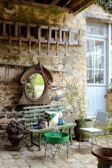 73 best images about l 39 oeil de boeuf windows mirrors on for Cottage back door
