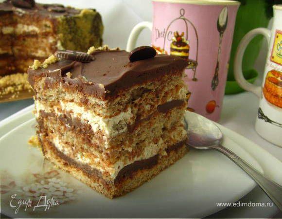 Такой торт может стать вкусным украшением праздничного стола!!! Коньяк можно заменить бренди.