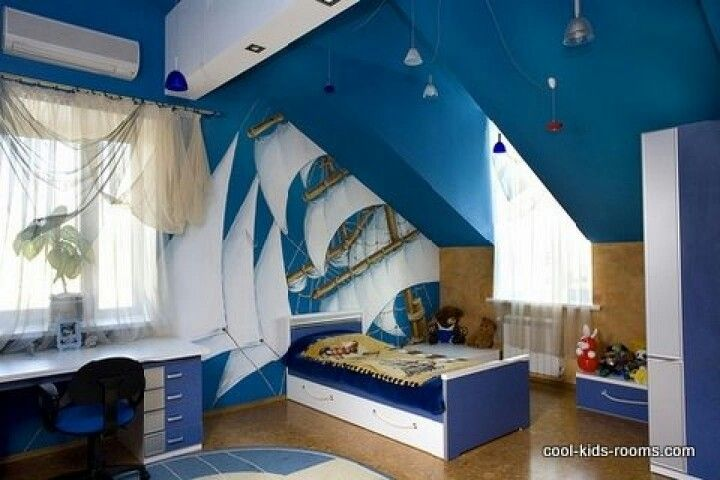 Sailboat theme- I love the blue and white color theme, and goes good w/ the wood floors