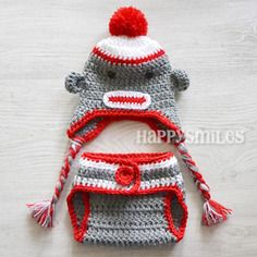 How #cute is this hand made #Baby #pompom #crochet hat & matching little diaper cover up undies! From French brand HappySmiles  #Red #Gray #white