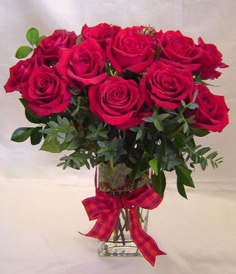 Roses arranged in vase