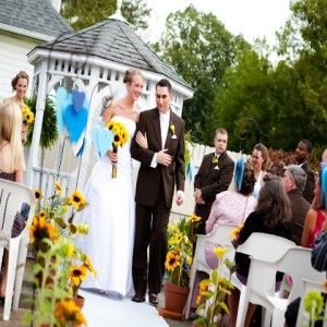 Flamboyant Sunflower Wedding Theme