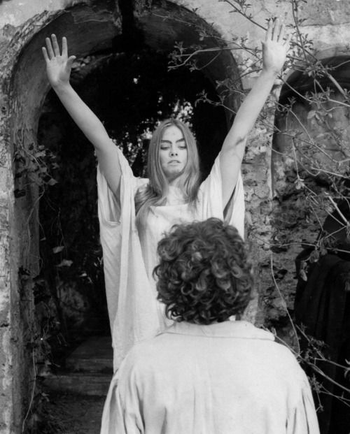 Lucifer Linda: 57 Best Cinefilia II - Terror Images On Pinterest