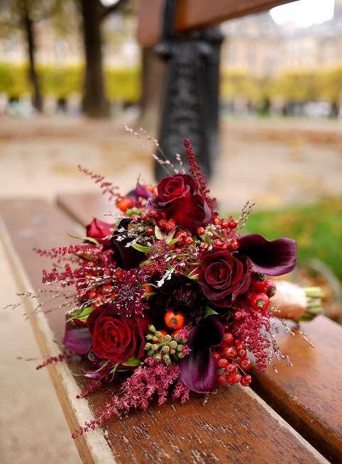 """Résultat de recherche d'images pour """"bouquet de mariée fleurs automnale rouge ivoire"""""""