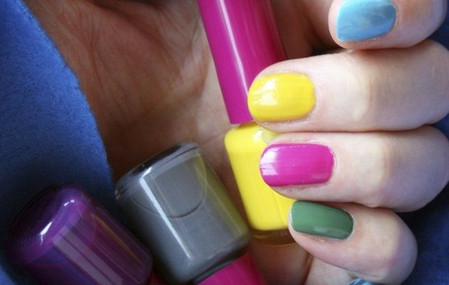 colors and design your nails in a fun ...