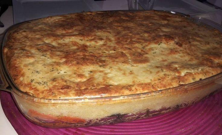 Overheerlijke smeuïge aardappel groentegratin! Dit recept is goed voor 6 personen. Snijd de aardappel in blokjes en kook deze gaar. Stamp dit met een stamper. Kook de groente samen met de teentjes