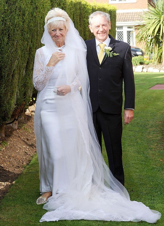 Couple Celebrates 50 Years Of Love By Wearing Same Wedding Clothes They Wore In 1966 Bored Panda In 2020 Popular Wedding Dresses Wedding Outfit Ball Gowns Wedding