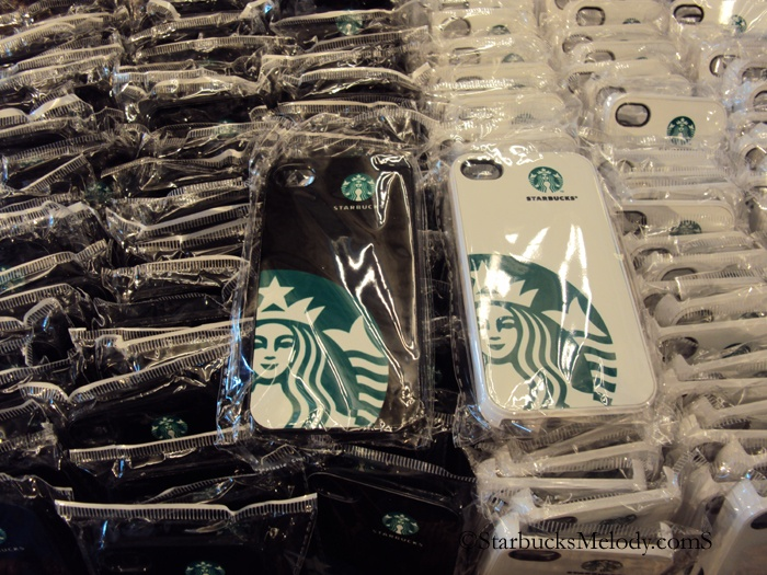 @maliasma @thejavamama @atruckerwife WE NEED THESE!  iPhone covers starbucks coffee gear store July 2012