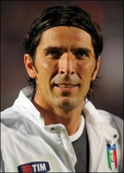 In the match England versus Italy in the Euro 2012 tournament yesterday, we saw the greatness of Gianluigi Buffon in goal saving Azzuri Team....