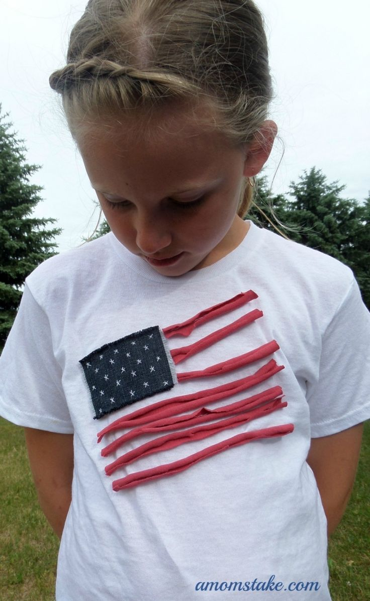 DIY Patriotic T-Shirt is perfect for your July 4th celebrations and works for boys or girls. Uses up-cycled materials. #amomstake