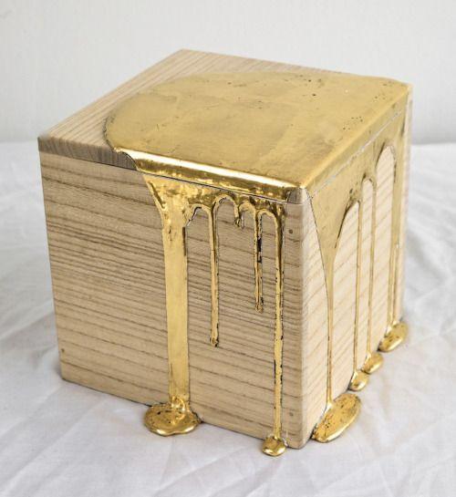 Nancy Lorenz, Gold Pour Box (2012).