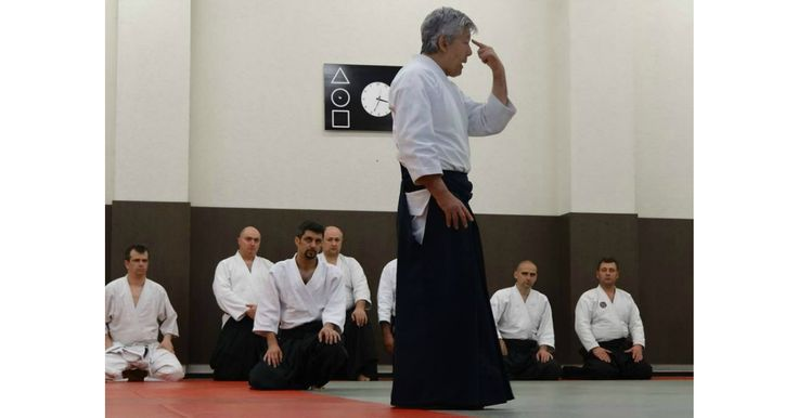 Hiroshi Ikeda este cunoscut in randul practicantilor de Aikido, in special pentru abordarea sa unica. Oricine a avut ocazia sa il vada in actiune, fata in fata, stie despre ce vorbesc.