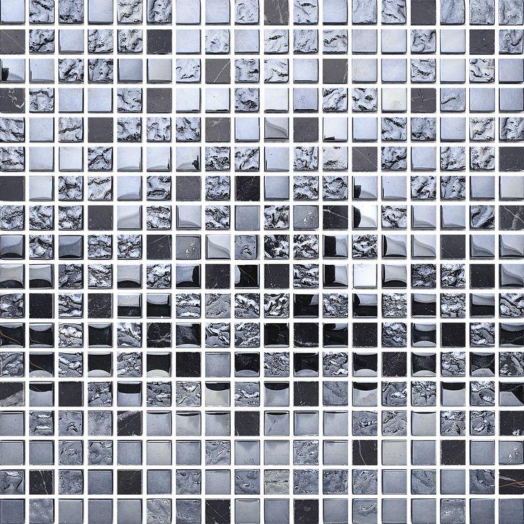T1515 Black Mix Stone Glam. Effektfull glasmosaik blandad med nero marquina marmor.