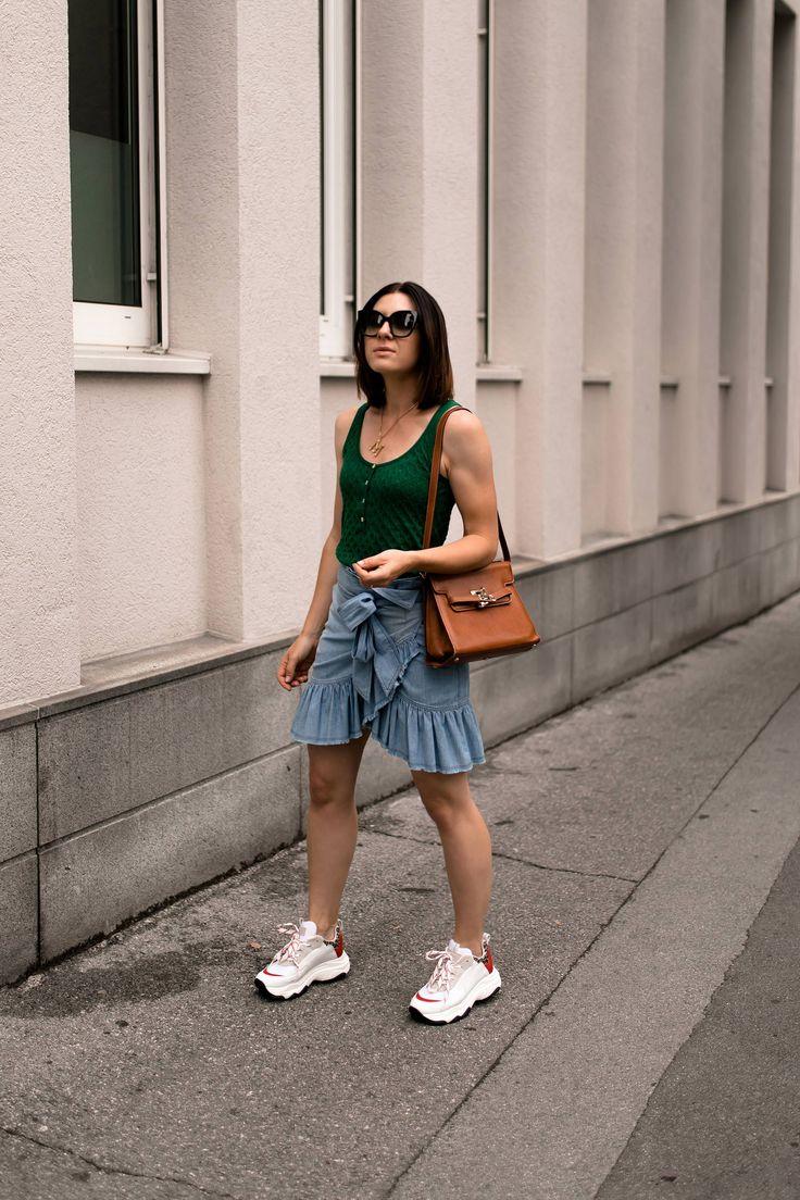 sportlich und schick mein sommer outfit mit rock und. Black Bedroom Furniture Sets. Home Design Ideas