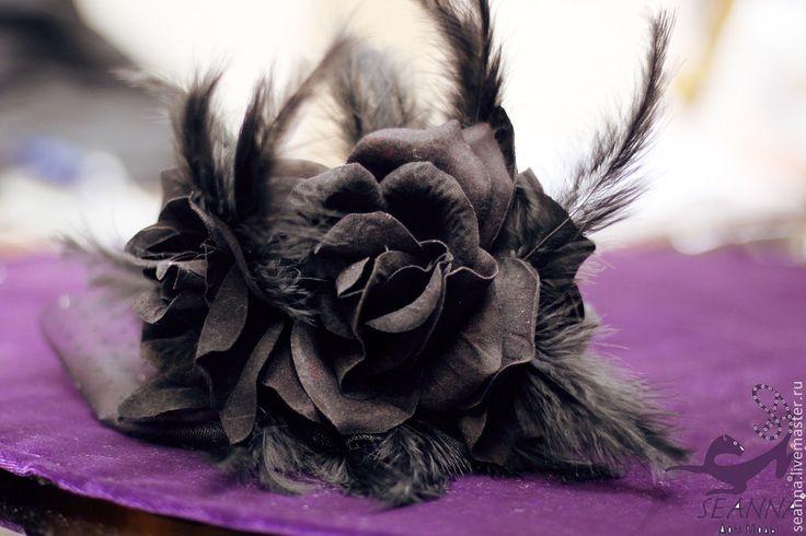 """Купить Ободок-шляпка с вуалеткой, цветком и перьями """"Таинственная незнакомка"""" - шляпка, шляпа, шляпка с перьями"""