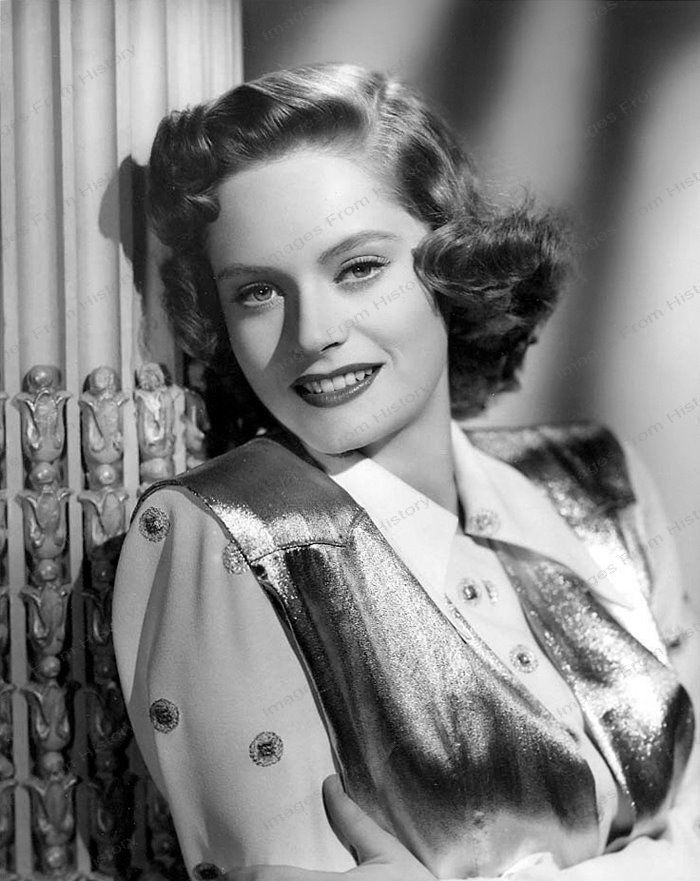 8x10 Print Alexis Smith Beautiful Portrait AS903 | eBay