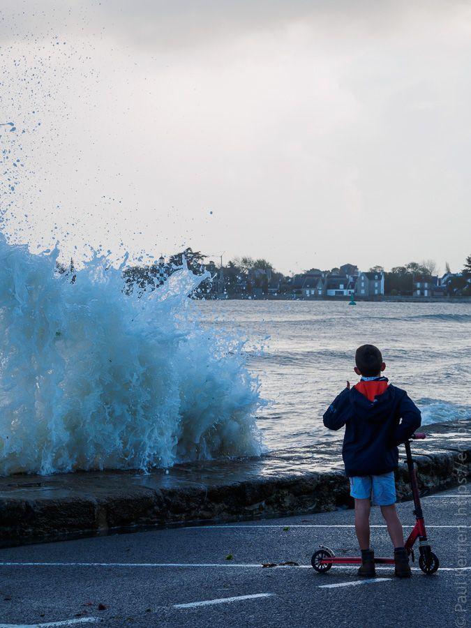 octobre 2017 | houle, gros coëf. et marée haute : super, celle-ci !  - à Île-Tudy © Paul Kerrien https://en-photo.fr Finistère Bretagne