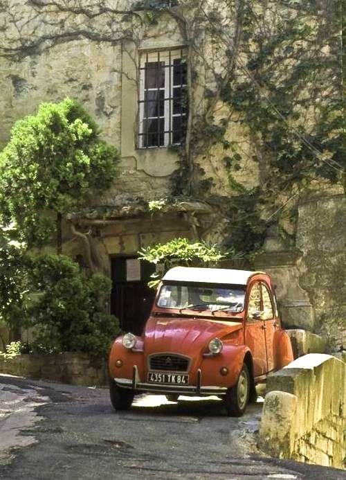 1339 best deux chevaux images on pinterest horses vintage cars and car. Black Bedroom Furniture Sets. Home Design Ideas