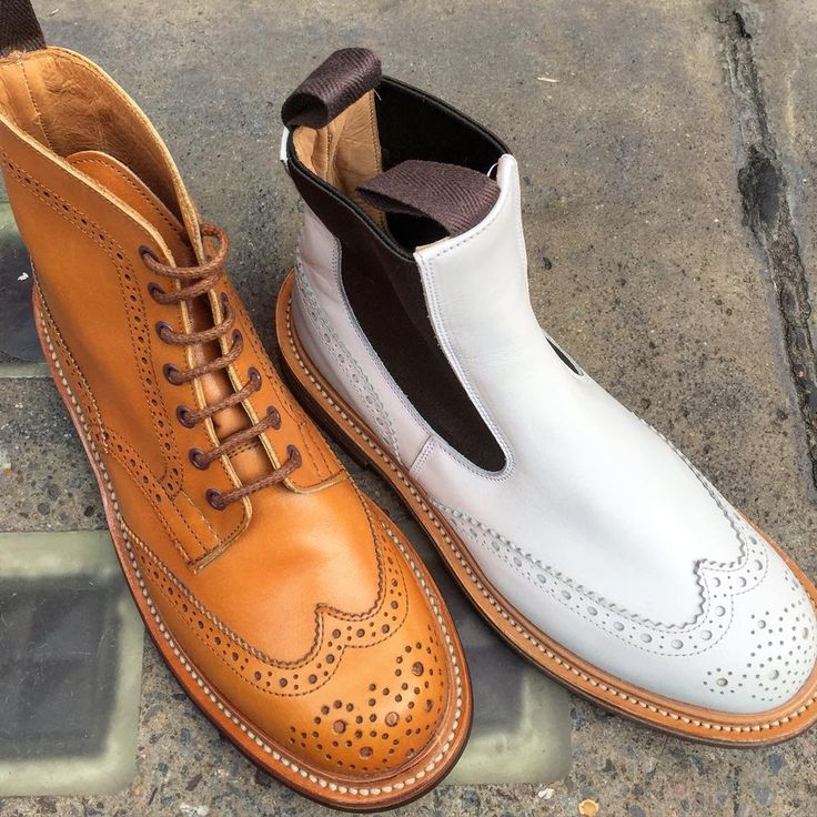 We have sales in our London Jermyn Street shop and website happening at the moment. These Ladies Stephy lace up brogue boots were recently featured in Vogue magazine, and the Silvia pull-on Chelsea boots were seen on the feet of super model Jordan Dunn. Both are in the sale at the shop who accept email and telephone orders for UK and worldwide shipping. #trickers #boots #bootsforwomen #ladiesboots #sale #sales #shoes #shoesale #shoeshopping #womensfashion #womenswear #womensshoes…