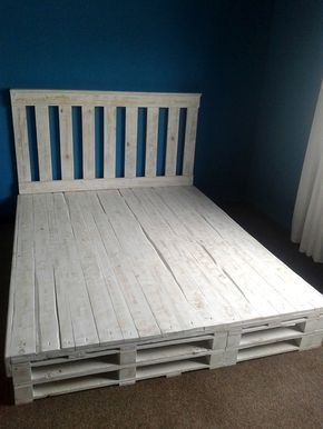 25 best ideas about pallet bed frames on pinterest diy for Recycled pallet bed frame