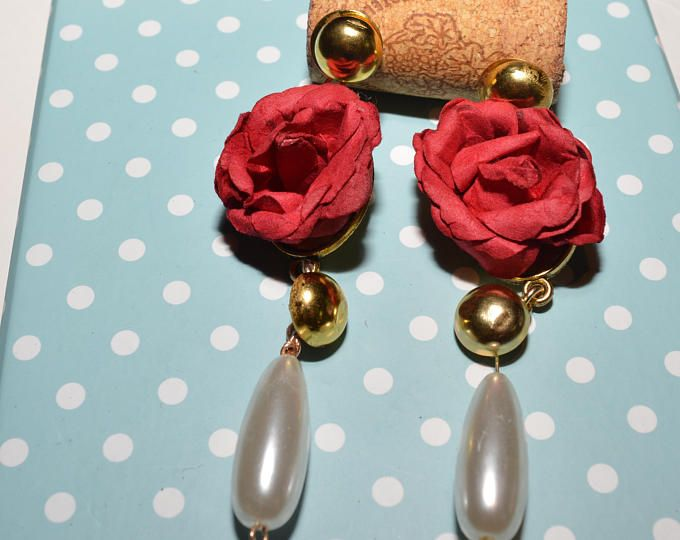 Handmade flamenco spanish earrings.    https://www.etsy.com/shop/Aamapola    #IloveSpain #spain #accessories #handmade #etsy #handmadejewlery #Etsyshop #flamenco #flamenca #spanishstyle #bluerose #hoop #pearls #fashion #style #style 2017 #dangle #ole #red #rose #Andalucia #Andalusia #andaluza #moda #fashion #golden #redrose #rojo #pearls #perlas #gitana #Sevilla #feriadeabril