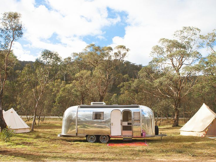 The Slowpoke: HAPPY GLAMPER // Caravans and canvas tents.
