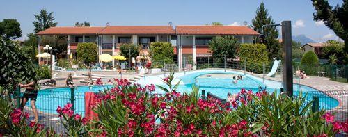 Italsol-Ferienwohnungen, Appartements, Bungalows und Camping am Gardasee. Günstig und gut.