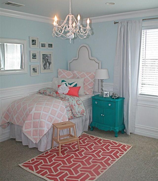Pretty girls room chandelier light walls wainscoating white drapery - Best 25+ Girls Room Chandeliers Ideas On Pinterest Girls