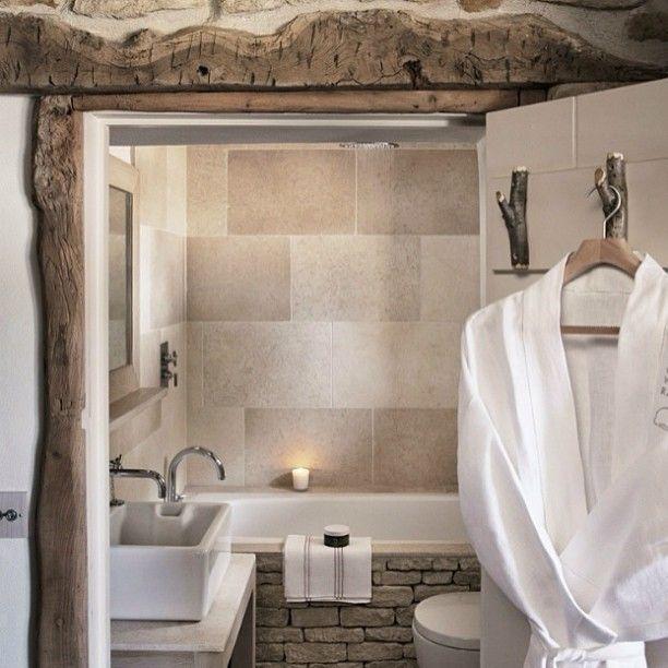 Эко ванна #интерьер #ванна #дизайн #декор #камень #плитка #дерево #экодизайн #эко #стиль #халат #теплый #свеча #ваннаякомната #дизайнер #уют #комната #kashtanovacom #interior #bathroom #bath #style #decor #design #designer