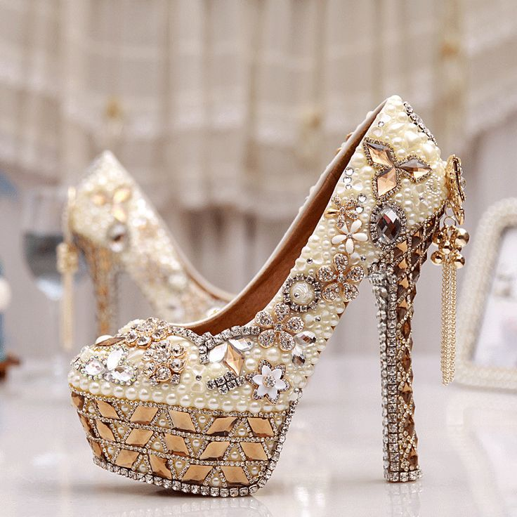 Cheap shoes womens, Buy Quality shoes wholsale directly from China shoes vibram Suppliers: Size 34-43 Plus Size Gorgeous High Heel Crystal Wedding Shoes Cinderella Crystal Shoes Pearl Gem Ivory White Prom Bridal Pumps