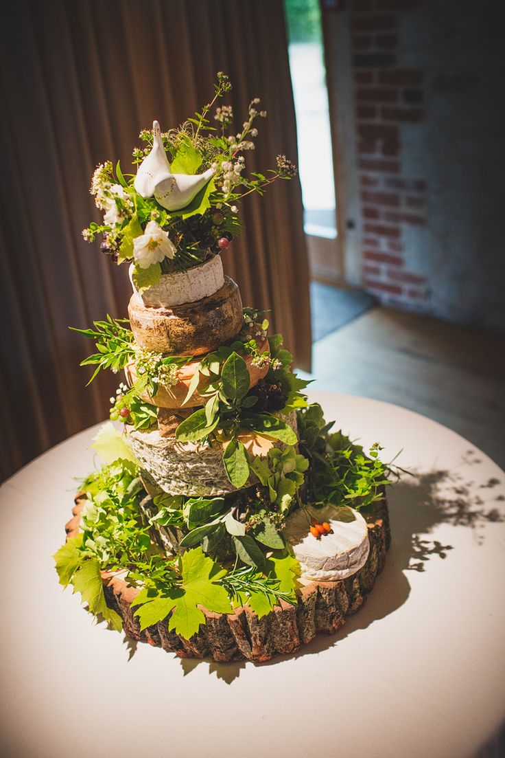 dream wedding cake 25 best ideas about midsummer nights on 13745