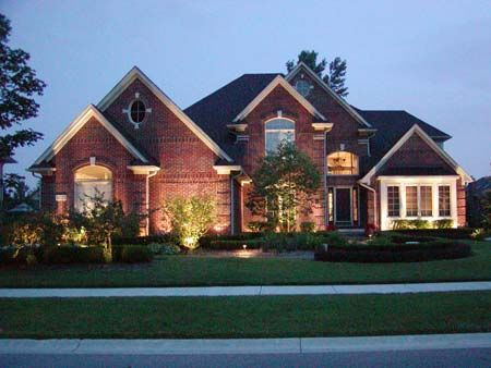 17 best images about brick homes on pinterest brick home exteriors beautiful homes and Exterior accent lighting for home