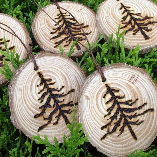 wood burning monograms | Monogrammed Wood Place Setting for Wedding Brunch | Wedding Decoration ...