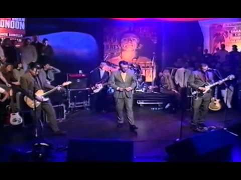 Morrissey - Sunny Later With Jools Holland - YouTube