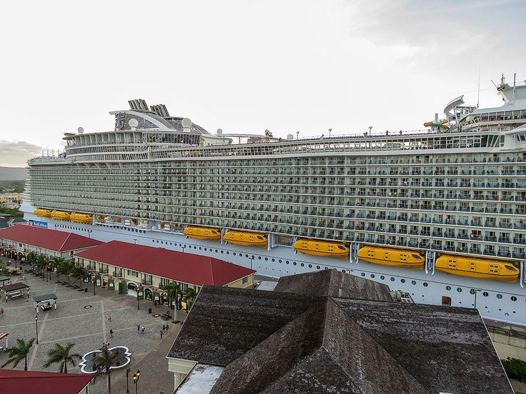 Best Mega Cruise Ships Pinterest Images On Pinterest - Cruise ship builders