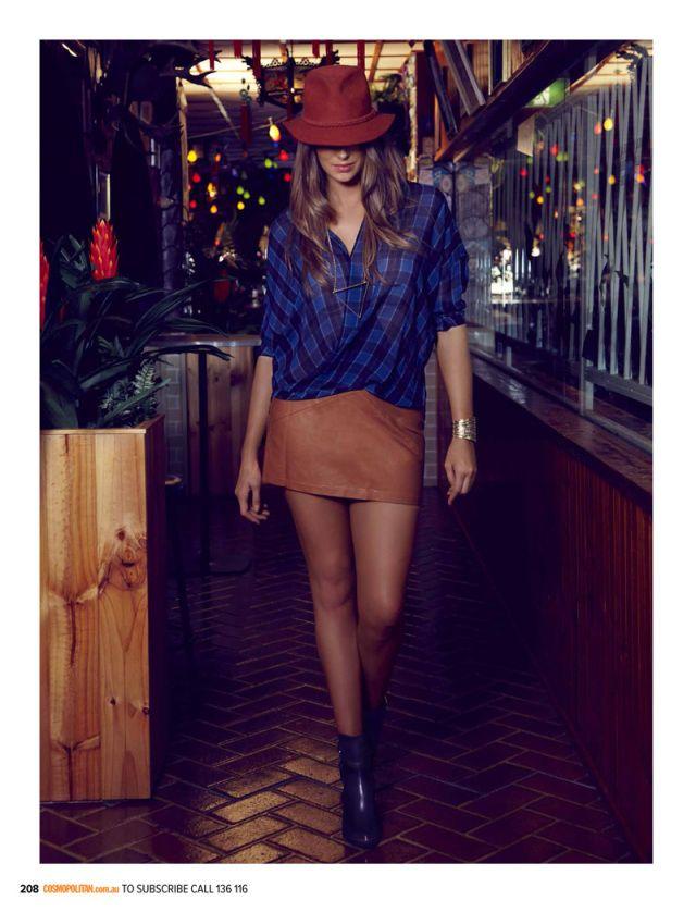 Robyn Lawley Enjoys the Night Life for Cosmopolitan Australia August 2013