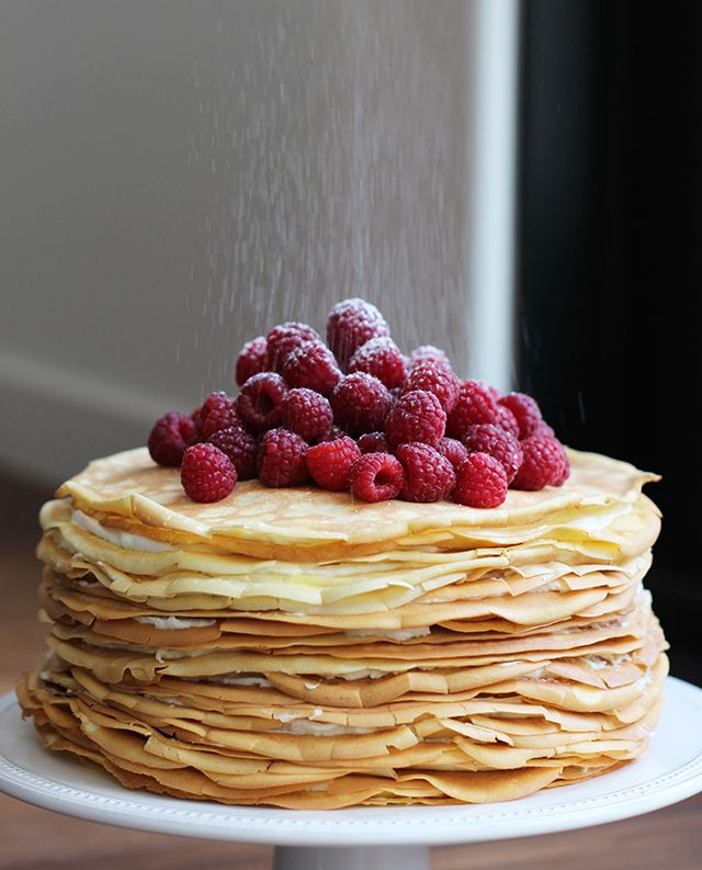 Breakfast at my parent's house is the best. Nothing is better than going home for the weekend, sleeping in my old room and waking up to my parents making me breakfast so I can get in some extra zzzz's. Makes me feel like a kid all over again. So making the most beautiful, yet laborious, crepe