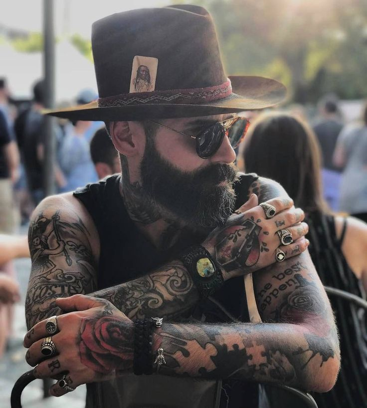 "6,149 lượt thích, 20 bình luận - Beardporn for men and women  (@beardsaresexy) trên Instagram: ""A man without beard is like lion without mane.  Visit www.beardsaresexy.com to be featured Choose…"""