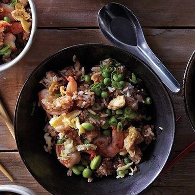 Τηγανητό ρύζι με γαρίδες - Tlife.gr