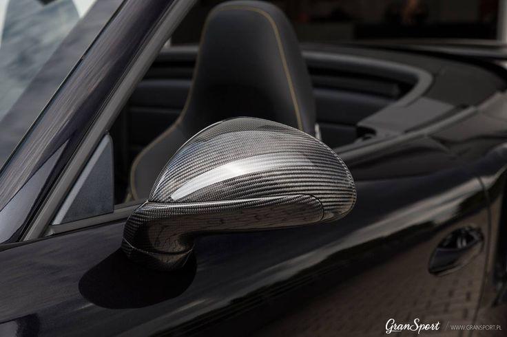 Choć sezon na auta z opuszczanym dachem już za nami, warto pomyśleć o dopieszczeniu cabrioletów przed kolejną wiosną :)  Polecamy na m.in. kompletny zestaw modyfikacji TechArt przygotowany dla Porsche 911 Turbo S (991.2). Modyfikacje wyróżniają auto za pomocą mnóstwa dodatków z włókna węglowego, niesamowitych obręczy kół a także sportowego układu wydechowego i pakietu mocy silnika.  Zapraszamy do kontaktu w celu personalizacji Porsche 911: Oficjalny Dealer TECHART w Polsce GranSport - Luxu
