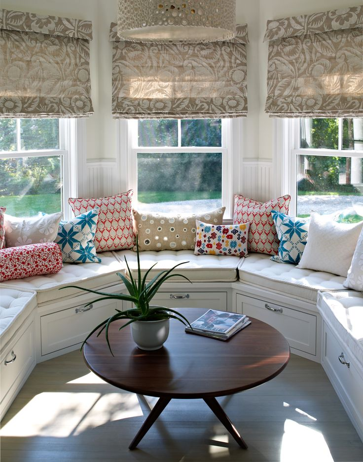 1000 ideas about bay window seats on pinterest window. Black Bedroom Furniture Sets. Home Design Ideas