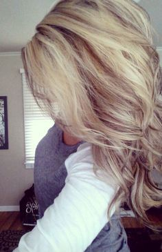 I REALLY want to do this color combo when my own hair grows out