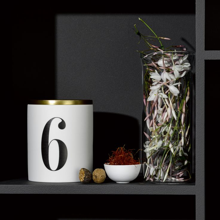 Night blooms. Jasmin d'Inde No.6 Candle